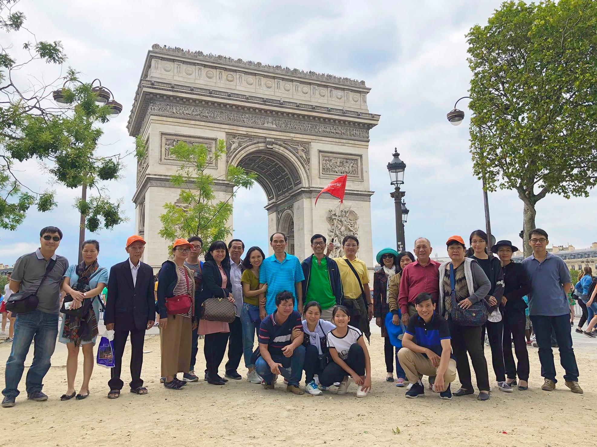khuyến mãi hè sôi động 2019 [ TST tourist]