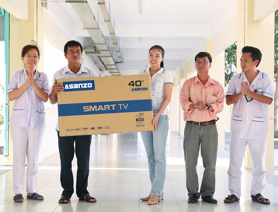 Asanzo trang bị 20 Smart TV 40 inch cho Bệnh viện điều trị COVID-19 Cần Giờ