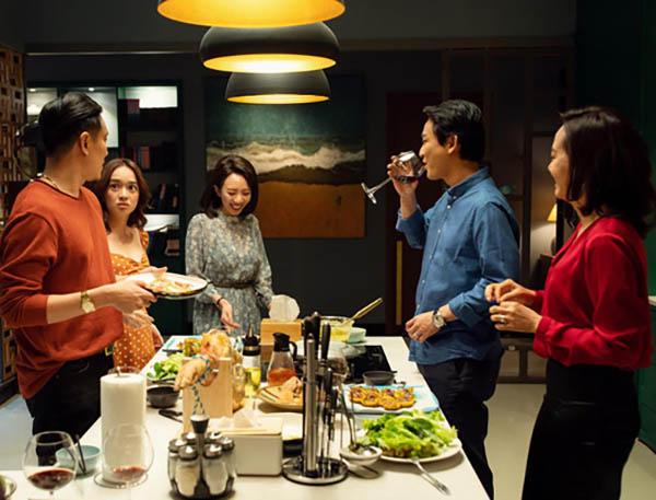 Phim châu Á thống lĩnh rạp Việt mùa phim cuối năm