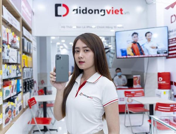 Di Động Việt khai trương cửa hàng mới với ưu đãi đặc biệt giảm đến 6 triệu đồng cho iPhone 12 VN/A