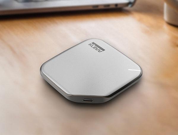 KLEVV ra mắt SSD di động thời trang, tốc độ cao