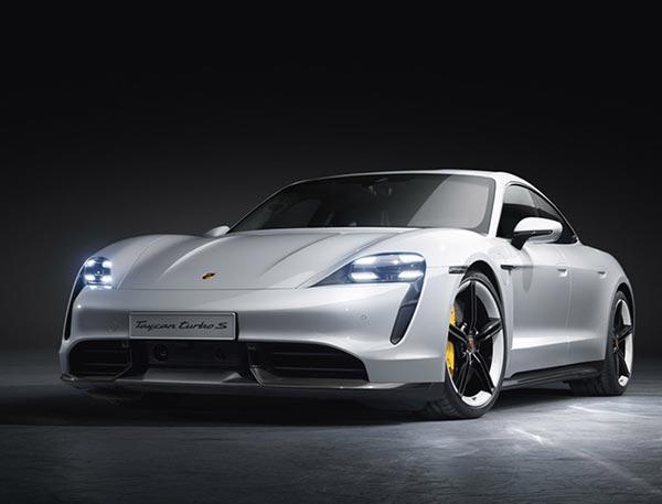 Porsche Taycan giành được giải thưởng AutomotiveINNOVATIONS